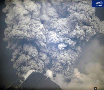 ムラビ再噴火7.jpg